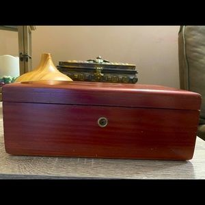 Lane Cedar Jewelry Box Hope Chest Hinged